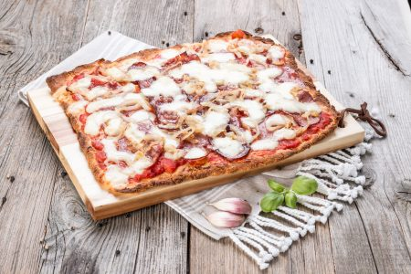 Pizza Amatriciana low carb